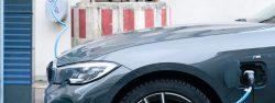 Samochody zeroemisyjne i przenośne ładowarki do samochodów elektrycznych